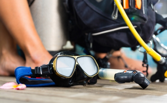 diving equipment mask snorkel dive gear