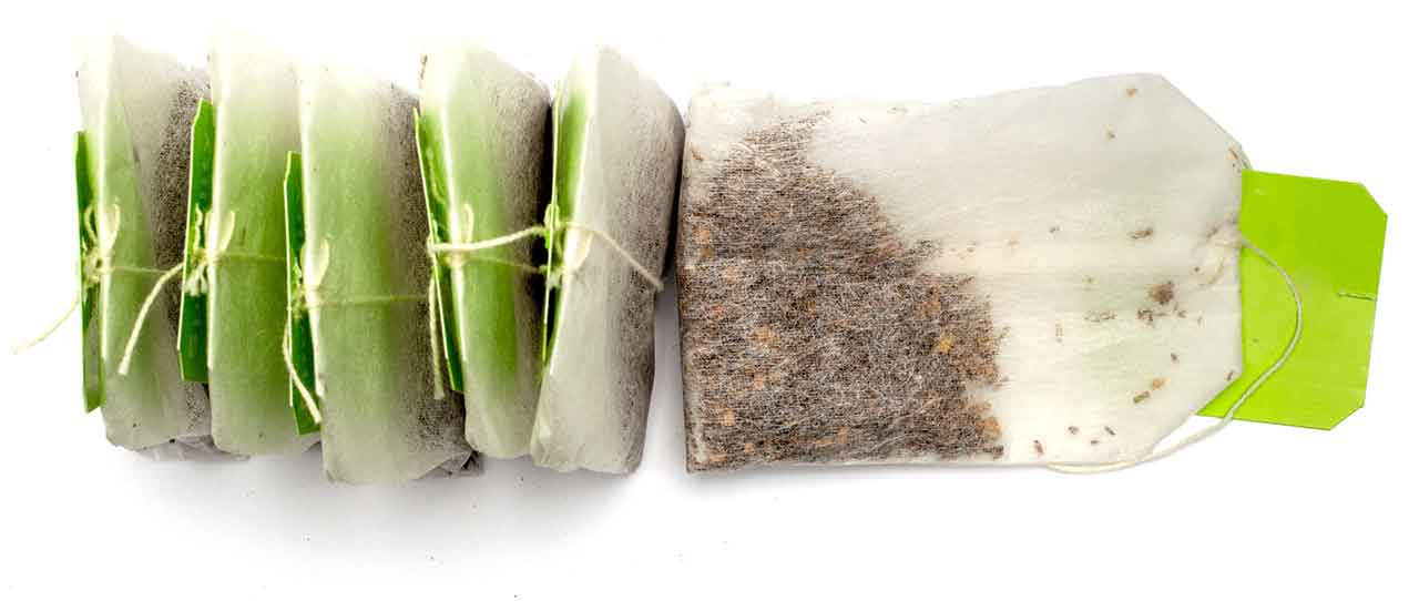 tannins in tea bags may help control dental bleeding
